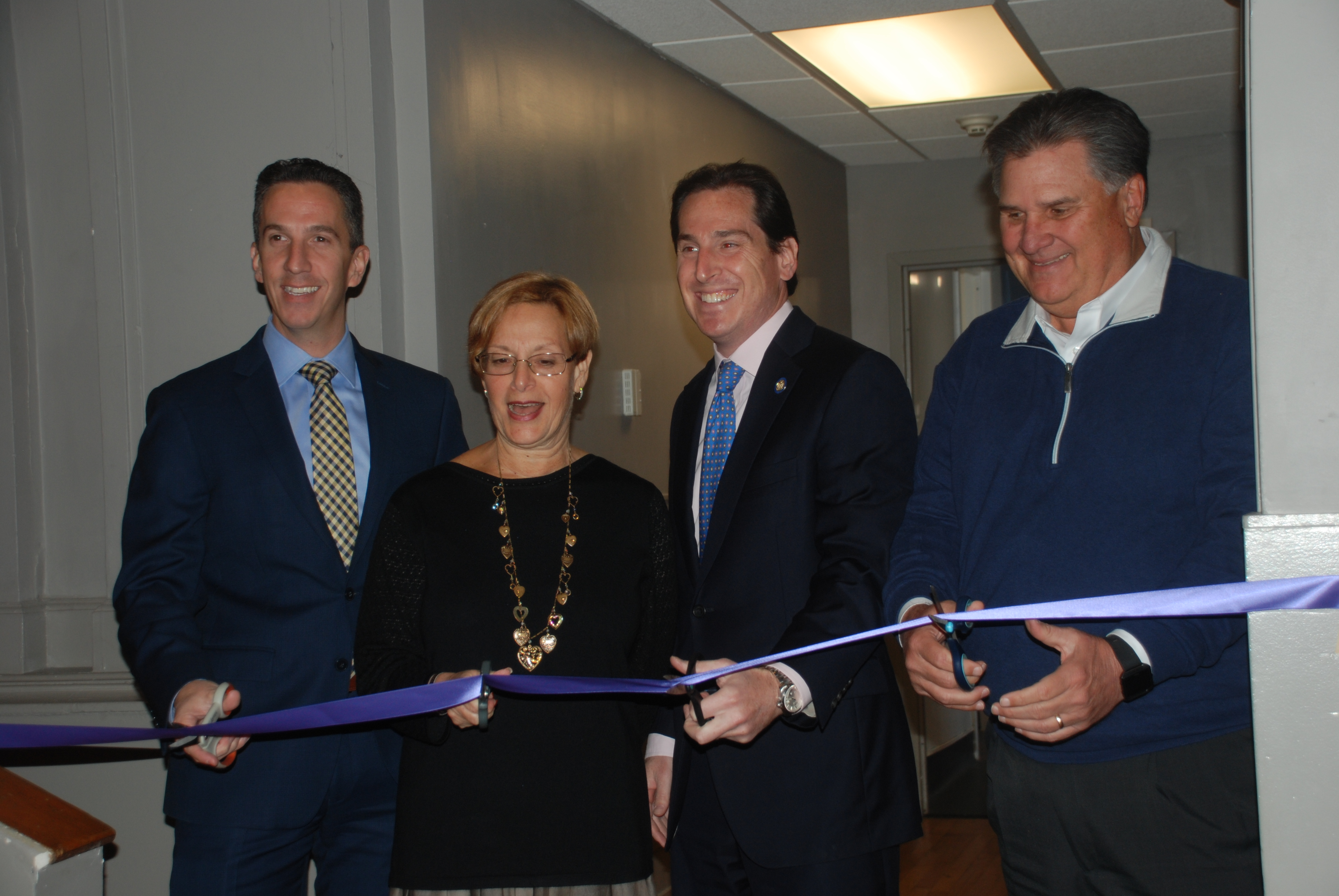 Kulanu Academy kitchen ribbon cutting with Senator Kaminsky